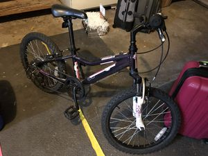 "Girls 20"" diamondback Lustre mountain bike for Sale in Bremerton fb0da6396"