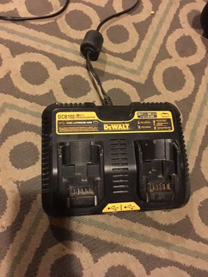 Doble charger con usb for Sale in Takoma Park, MD