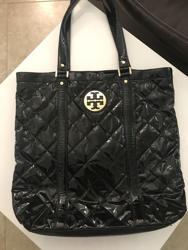 cb9d55a56ca Tory Burch patent leather tote for Sale in Coral Springs