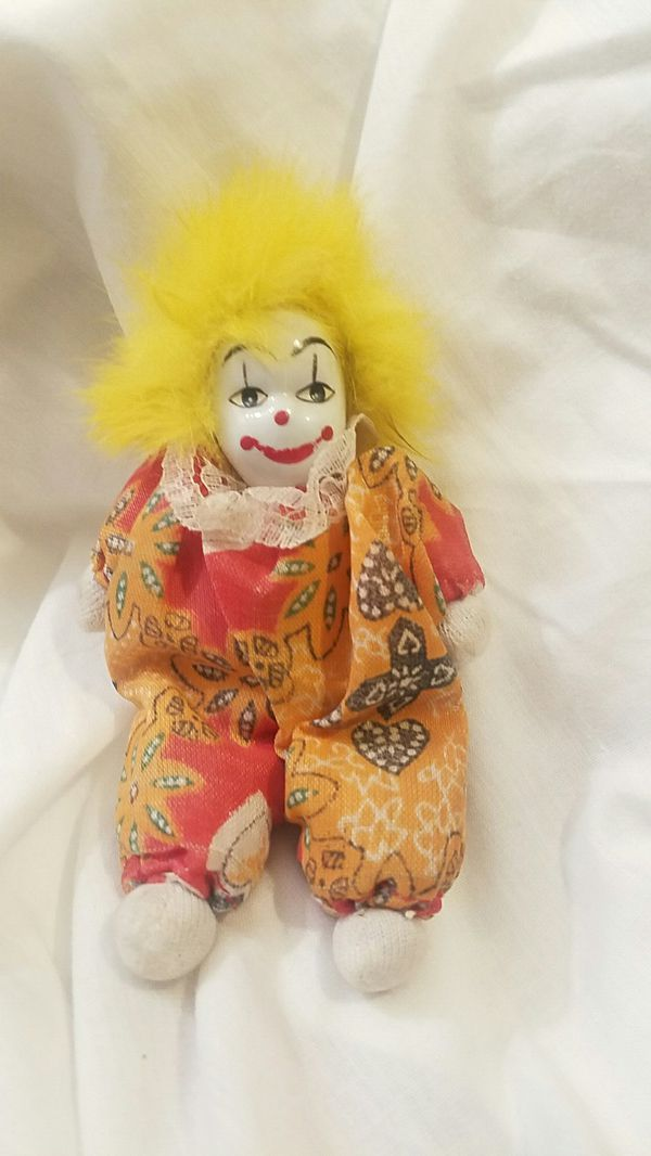 Q-tee porcelain clown dolls for Sale in Lafayette, IN - OfferUp