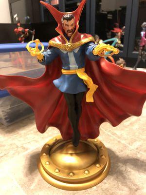 Dr strange Marvel statue. for Sale in Orlando, FL
