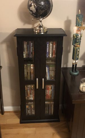 Like new DVD storage case (DVD's not included) for Sale in Alexandria, VA