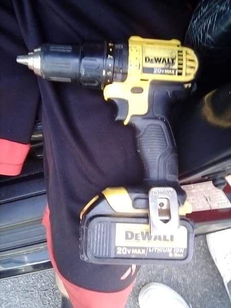 Dewalt hammer drill W/ Battery