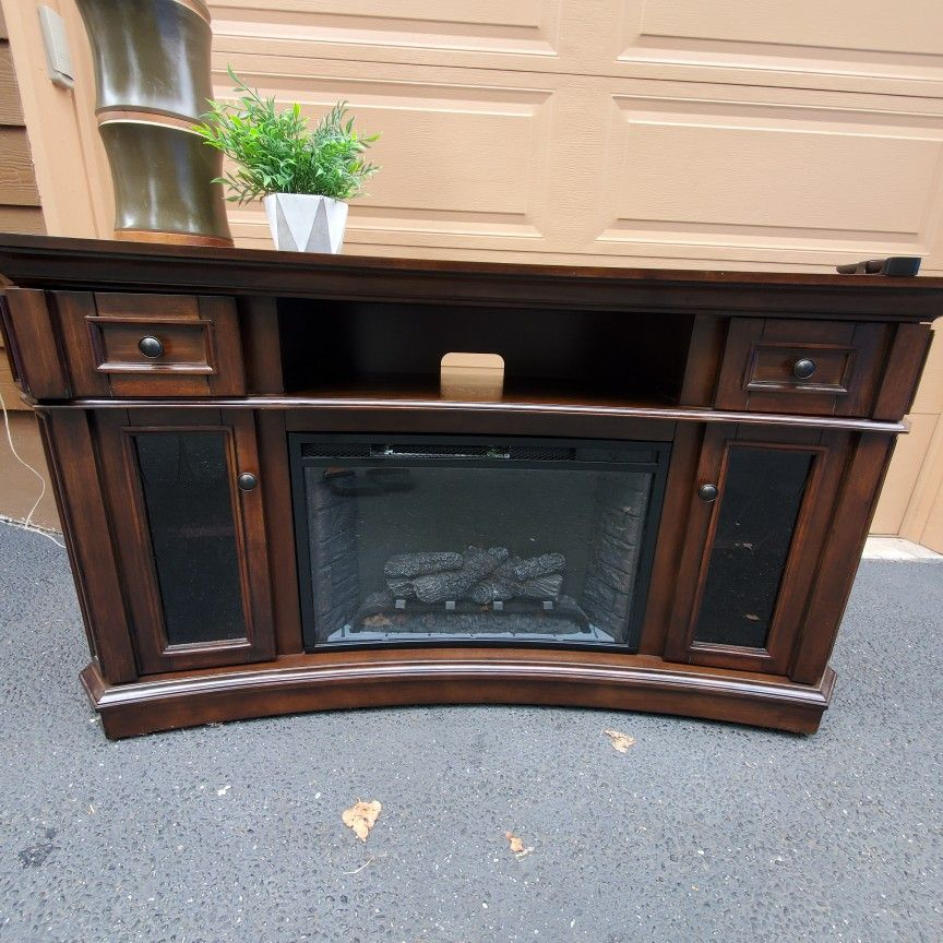 2 Beautiful Solid Wood Large Fireplace For Sale . Only $390 Each. Works Perfectly