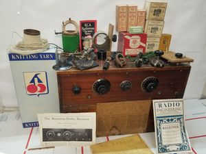 The Browning drake receiver Antique 1930th Radio Engenders Radio Lamps for Sale in Vancouver, WA