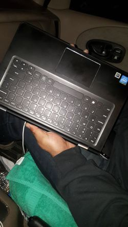 Touch screen Lenovo Laptop Thumbnail