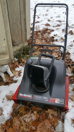 Snowblower 75.00 for Sale in Methuen, MA