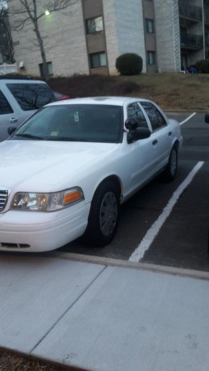 Ford crown Victoria 08 93000 clean title for Sale in Washington, DC