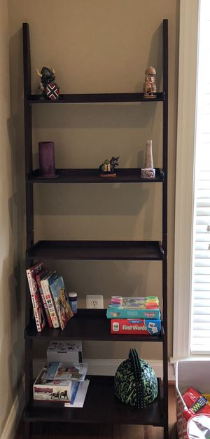 Leaning Desk with One Set of Bookshelves for Sale in Alexandria, VA