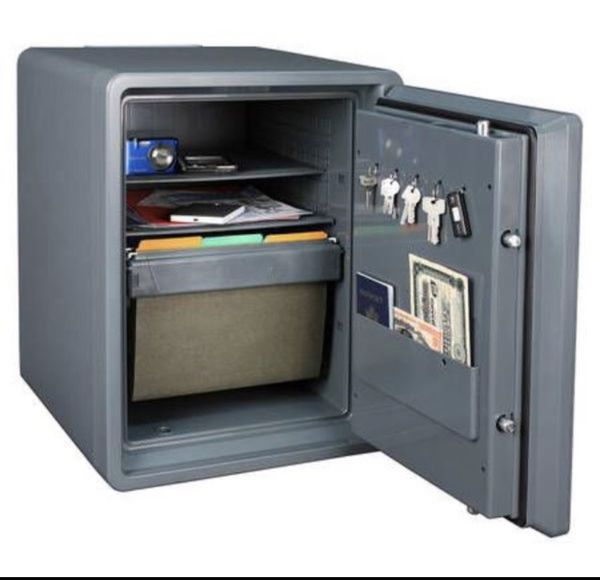 First Alert 2 14 Cu Ft Safe With Handy Hauler And Wheels New And