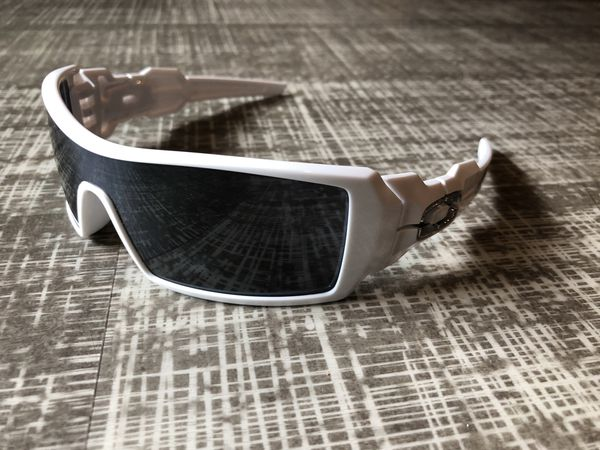 03b45791c5 Oakley x T-Pain Oil Rig Sunglasses (Limited Edition) for Sale in Seattle