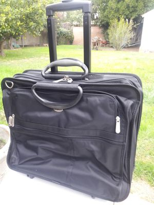 Rolling notebook bag/case (New) for Sale in Montclair, CA