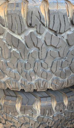 "4 rims and tires 16"" Ford 2500 3500 8 lugs tires 70% tread bfgoodrich ko2 305/70r16 Thumbnail"