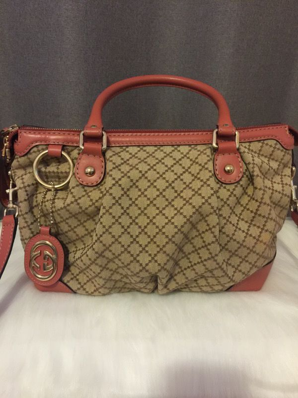 87ab15d92e New Authentic Gucci bag GG canvas leather purse for Sale in Alameda ...