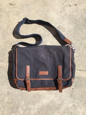 7701e61b31f8 FOSSIL Graham EW Messenger Notebook Bag for Sale in Whittier