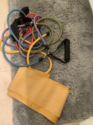 Set of 5 resistance bands + one large band for Sale in McLean, VA