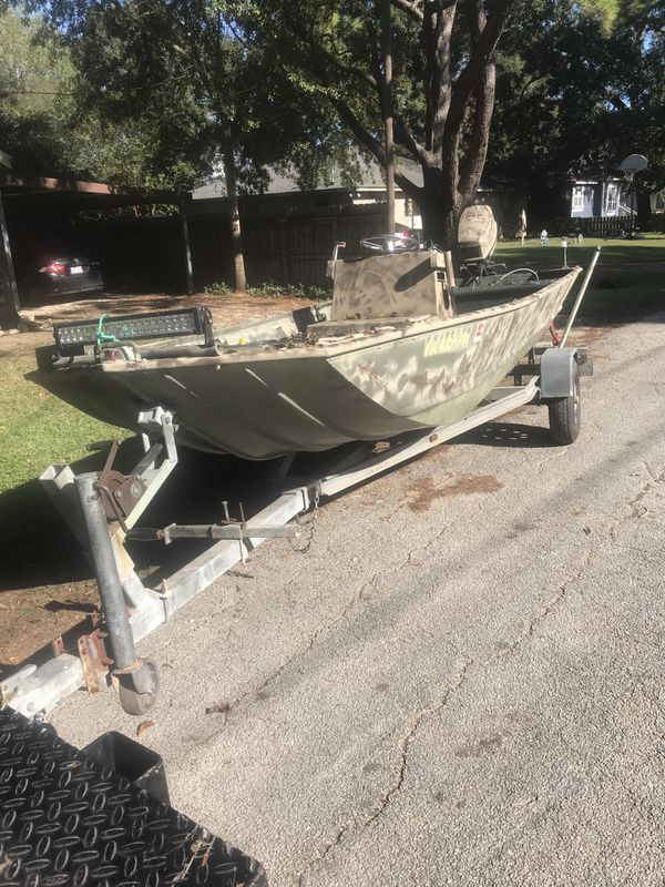 Aluminum boat 40 hp evinrude for Sale in Needville, TX - OfferUp