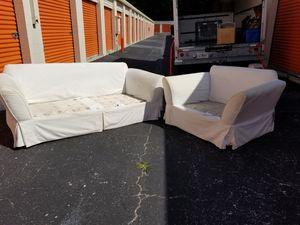 Photo American Heritage White Sofa & Chair- No Cushions