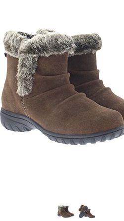 Women's faux fur boots Thumbnail
