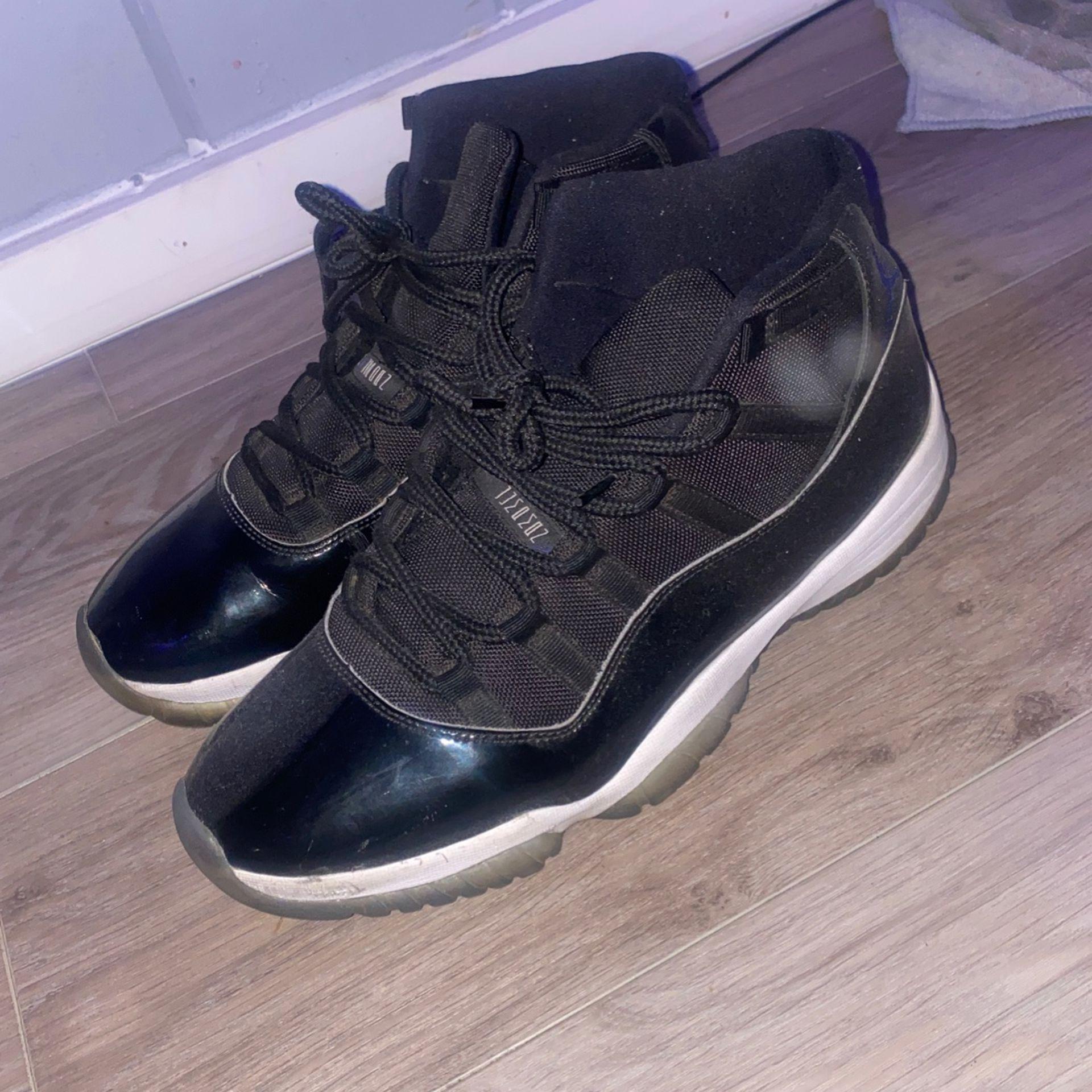 Jordan 11 Space Jam Size 13