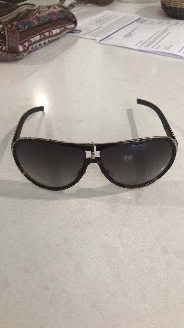 6cdc7666fde Gucci sunglasses for Sale in Dallas