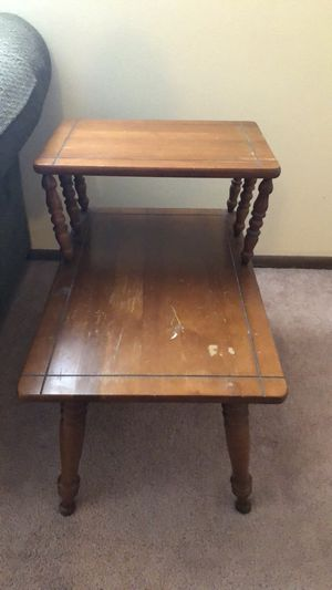 Two Level End Table For In Cuyahoga Falls Oh