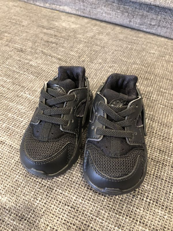 9b587de673728a Nike Baby Shoes Size 3 for Sale in San Diego