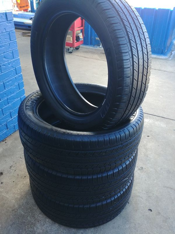 4 MICHELIN TIRES 245/50/20,, LIKE NEW FREE MOUNTED & BALANCED for Sale in  Dallas, TX - OfferUp