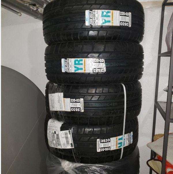 Cooper Zeon RS3s (4) 18 Inch Tires For Sale In Queens, NY
