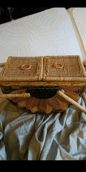 VINTAGE (rare) sunflower picnic basket for Sale in Denver, CO