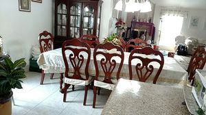 Dining table with 8 chairs hutch and buffet for Sale in Sugar Land, TX