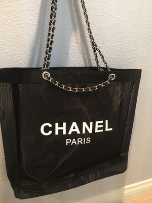 72c9bb6e477640 Chanel leather chain mesh tote vip gift bag for Sale in Palm Desert, CA