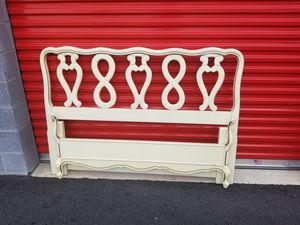 French provencial bed full size for Sale in Chantilly, VA