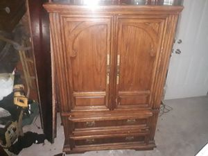 Photo Solid wood heavy armoire dresser good condition asking 150 negotiable