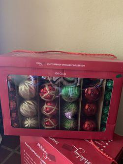 1 box Christmas decorating ornaments Thumbnail