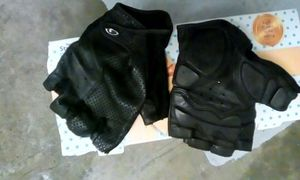 Brand-new lx Gloves for Sale in Seattle, WA
