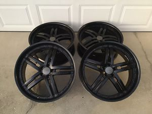 """Photo 22"""" Vossen Wheels with or without 245/30/22 tires 