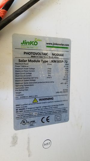 Jinko solar 305 watt 8 amp solar panels for sale! for Sale in Lancaster, CA  - OfferUp