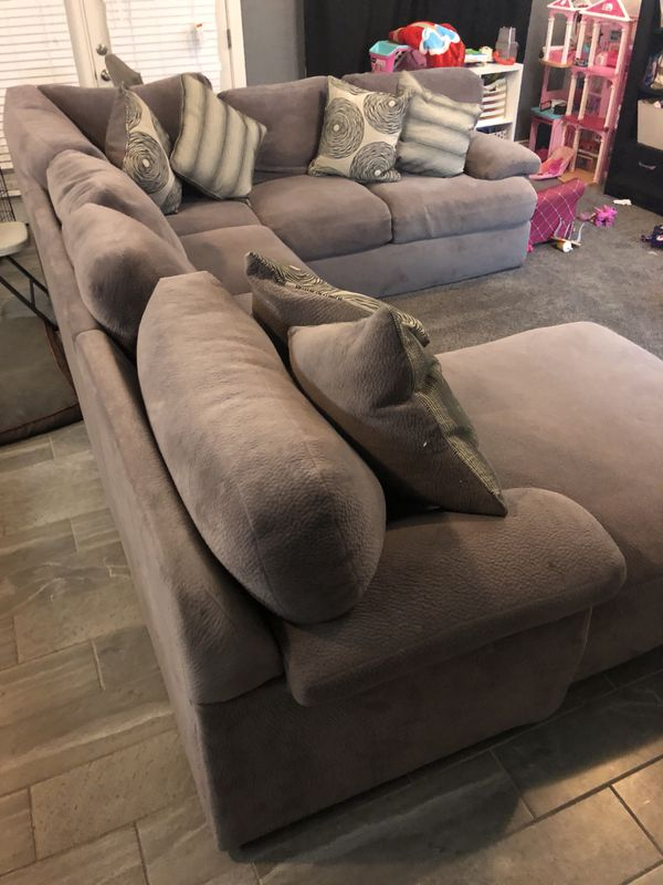 Gray Sectional With Chaise For Sale In Gilbert Az Offerup