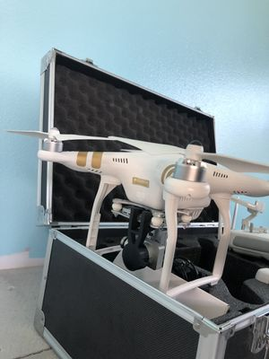 DJI Phantom 3 Pro Professional mint condition for Sale in Tacoma, WA
