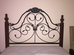 Solid Wood Queen Bed Frame for Sale in Crofton, MD
