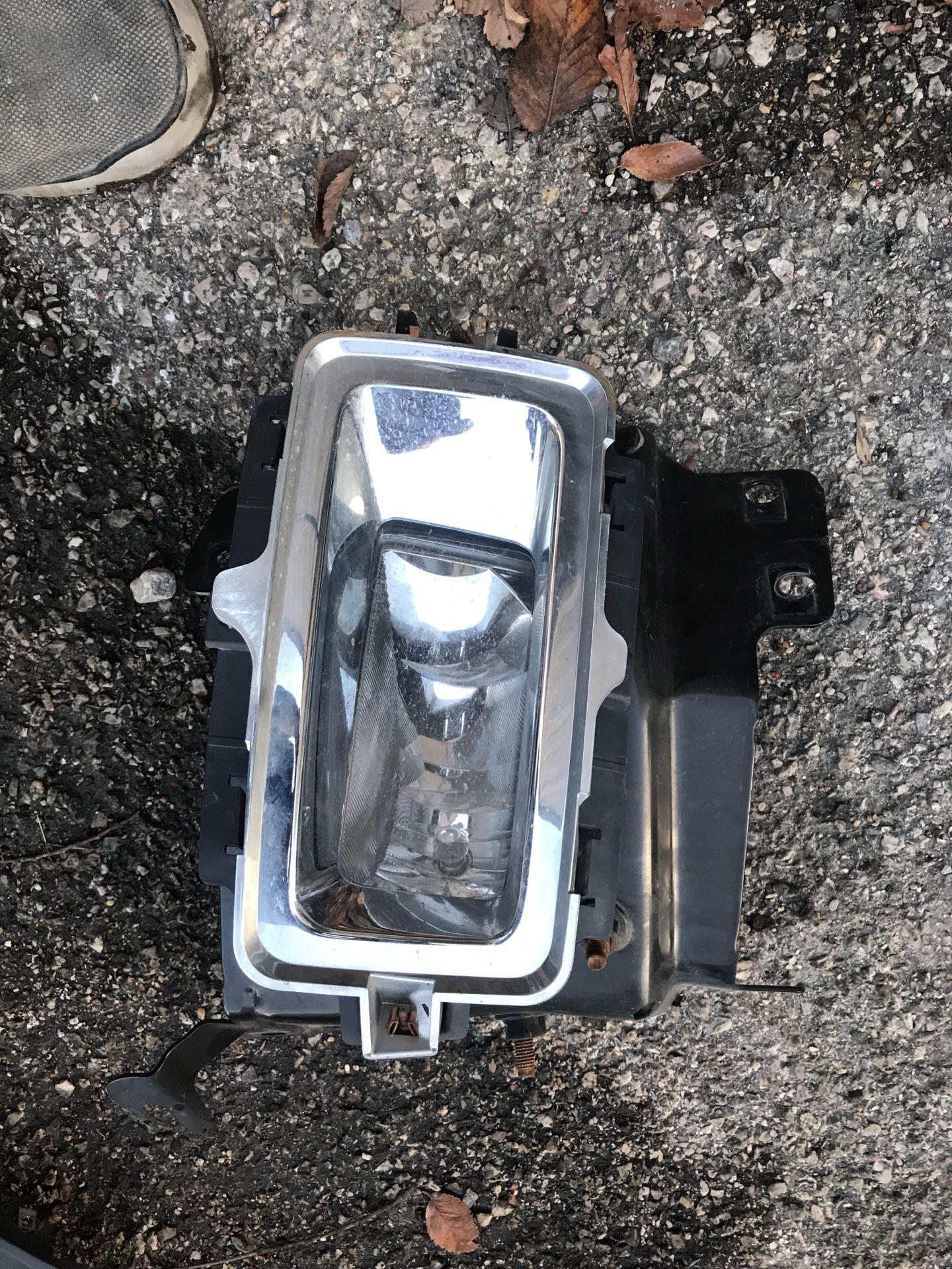 2015 chevy silverado right fog light with bracket