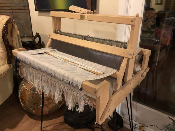 4 Harness Weaving Table Loom Dundas Loom Company for Sale in Lubbock, TX -  OfferUp