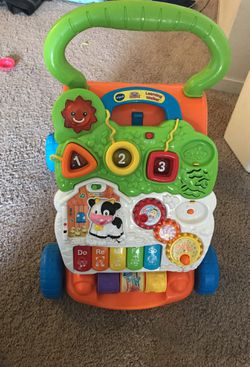 VTECH walker with lights and music Thumbnail
