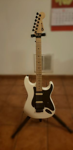 Charvel San dimas Mim play and sound nice. I will only trade for 5 string bass guitar for Sale in Longwood, FL