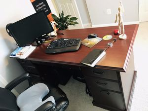 6 months used hardwood desk 66x29.5 inches. Looks new. No delivery for Sale in Fairfax, VA