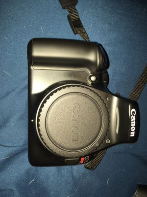 Canon rebel t3 with 2 lenses for Sale in Loxahatchee, FL