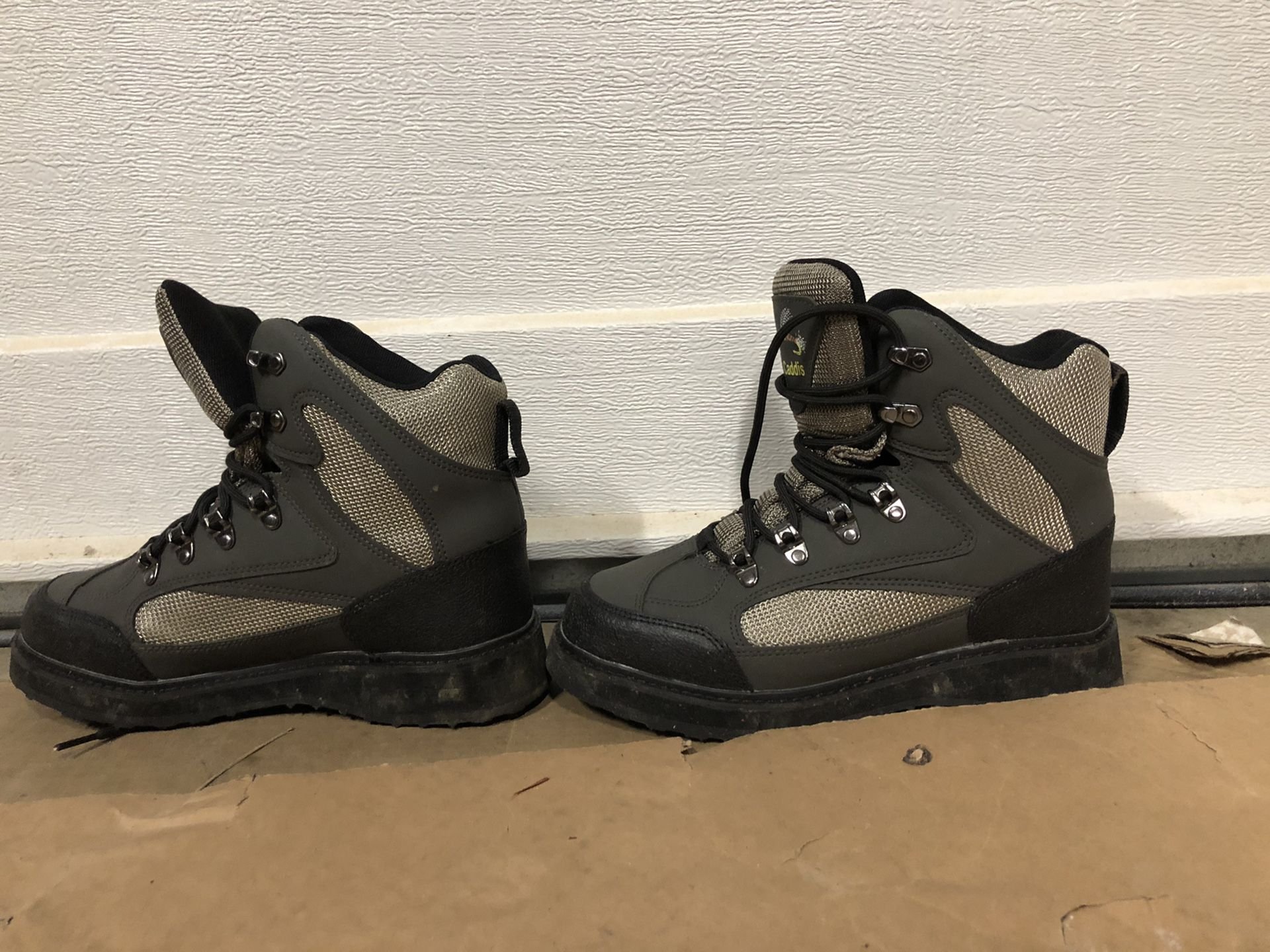 Size 8 Caddis Wading Boots Brand New