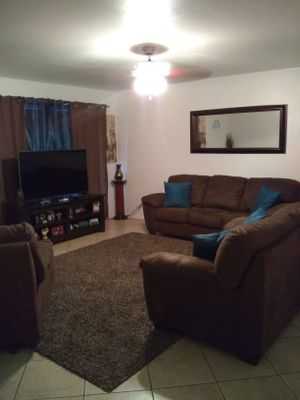 3piece Sofa, Love seat & Recliner for Sale in Phoenix, AZ