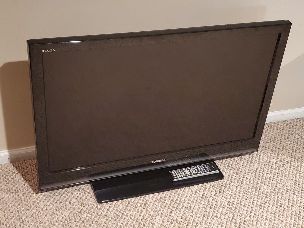 "Toshiba REGZA 40"" TV"